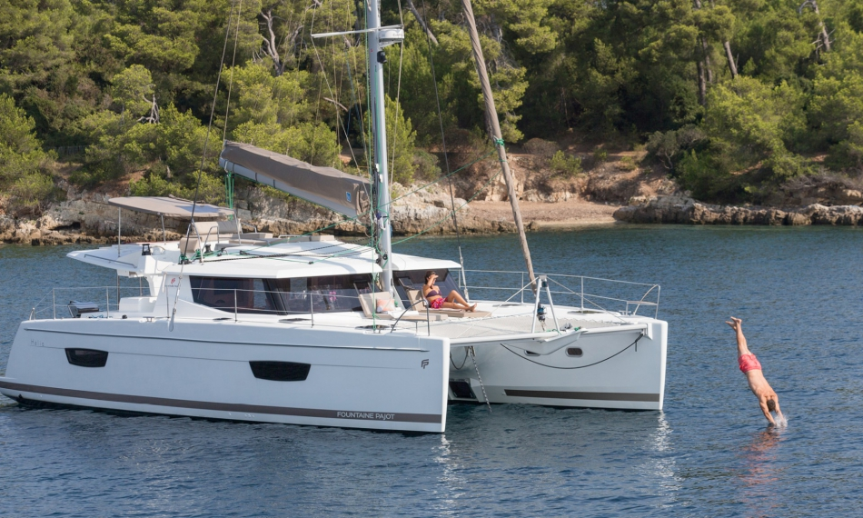Rent a catamaran in Ibiza o Mallorca for a Day