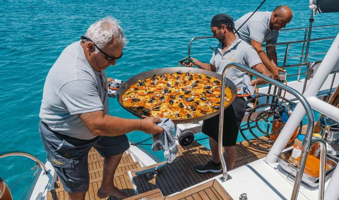 Catering Party Boat Mallorca