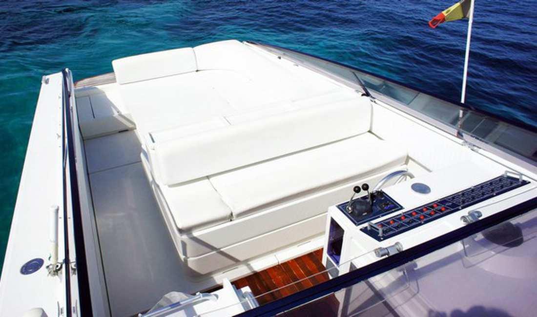 Boot Mieten Ibiza: Cherokee 75   Real Yacht Charter
